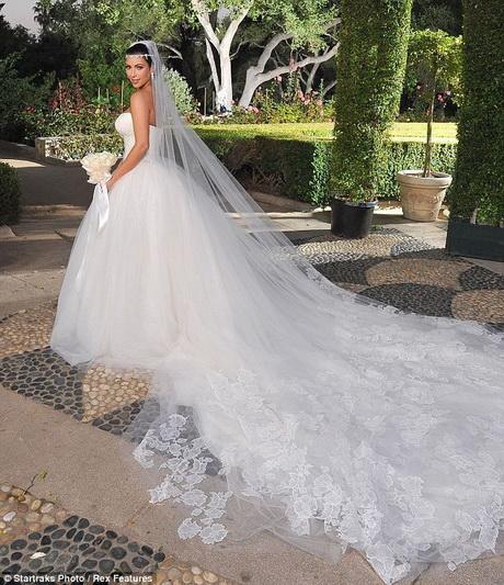 Brautkleider mit langer schleppe