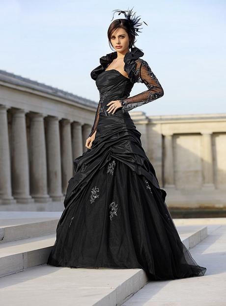Hochzeitskleid in schwarz-weiß Lucardis Feist Hochzeitsmode