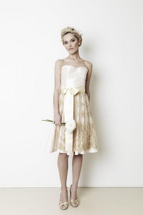 Brautkleider in tracht
