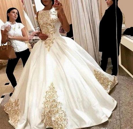 Luxuriöse Brautkleider | Kleid & Kleidung