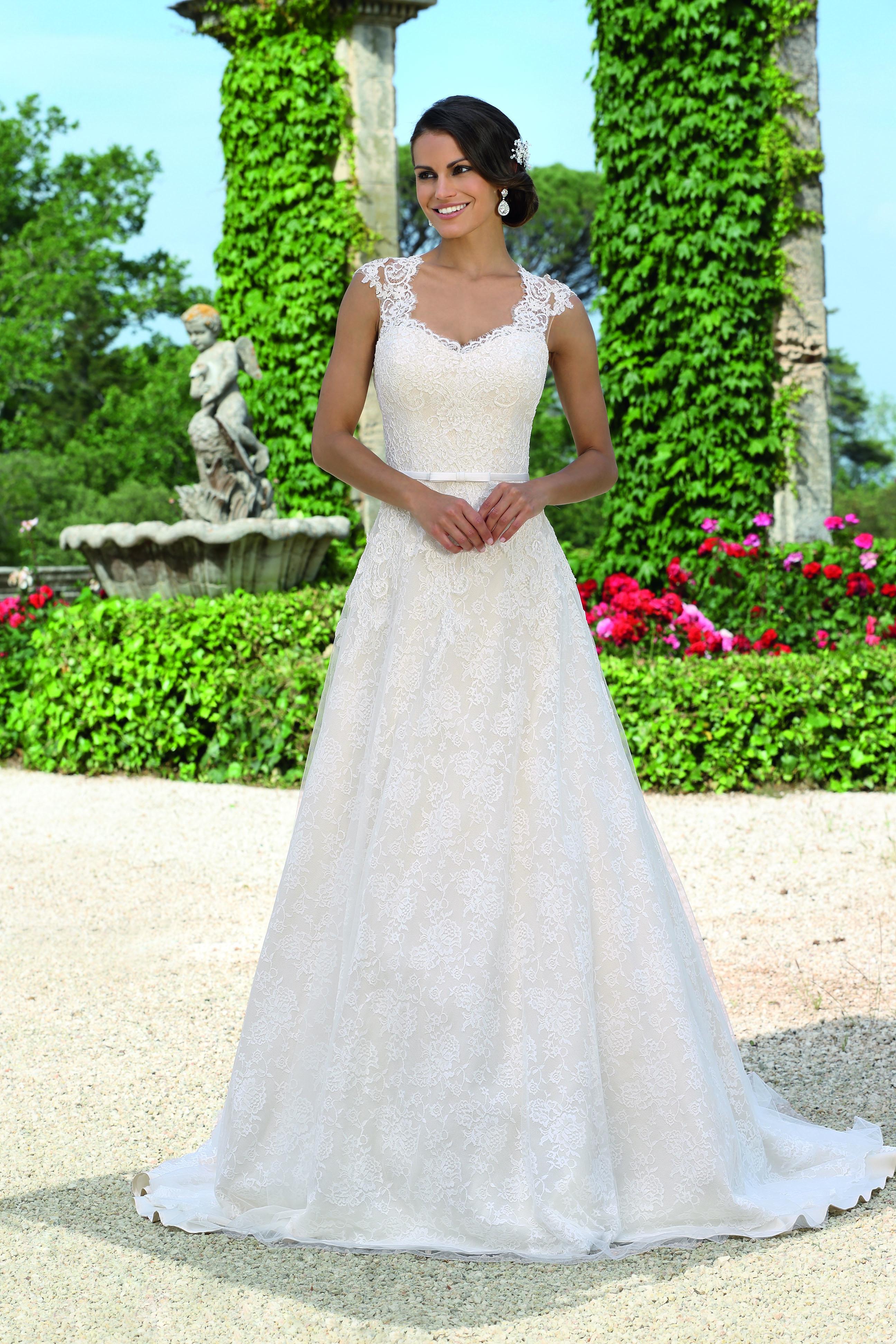 Hochzeitskleider neue kollektion 2018