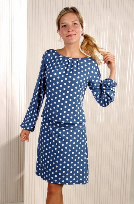 Kleid blau gepunktet