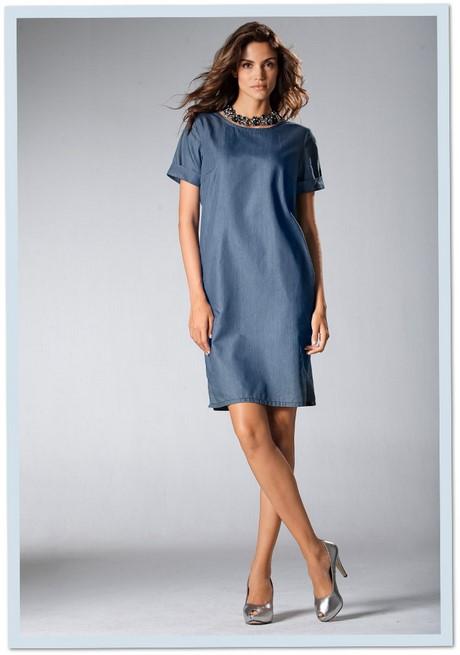 Accessoires Zu Blauem Kleid