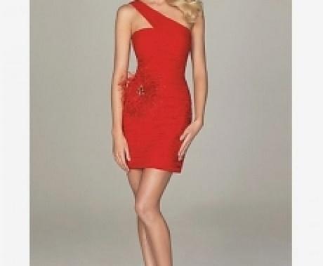 Spannende Enges Rotes Kleid Lang Bild - Bilder und Bewertung