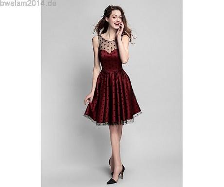 Kleid bis zum knie