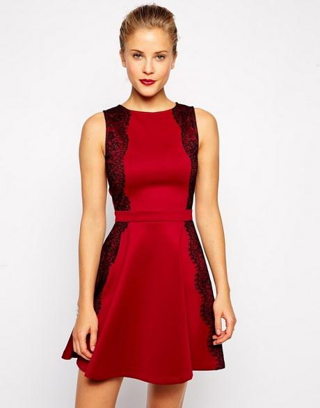 Rot schwarze kleider