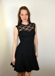 Kurzes spitzenkleid schwarz