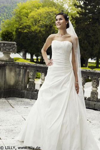 Hochzeitskleider von lilly