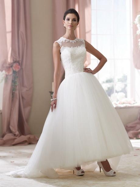 Kleid zu einer hochzeit